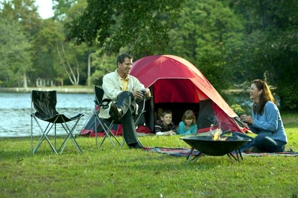 Pourquoi les campings sont-ils prisés par les vacanciers ?
